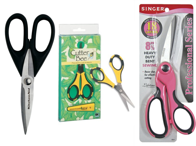 Must Have Party Tools: Scissors on www.strawberrymommycakes.com