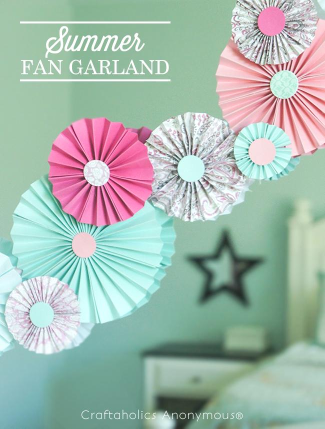 Summer Fan Garland tutorial on www.strawberrymommycakes.com #tutorial #summer