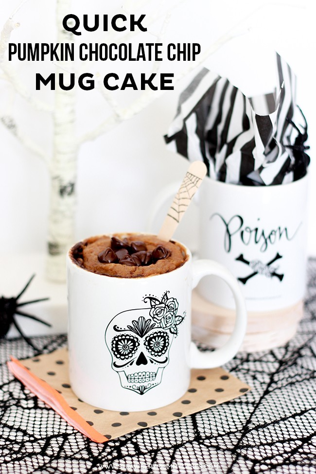 How to Make a Quick Pumpkin Chocolate Chip Mug Cake