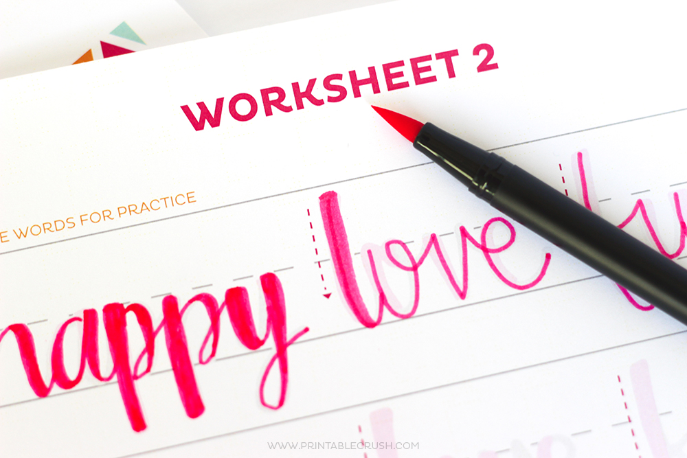 Teach Your Kids Hand Lettering with these FREE Hand lettering Worksheets for kids! This is great for teaching your kids how to write in cursive, too!
