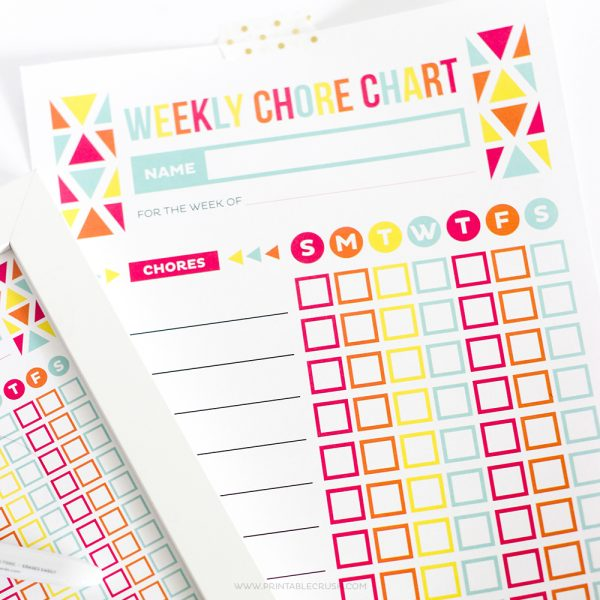 Get this Editable Printable Chore Chart for Kids to keep track of the chores your children are completing throughout the week.