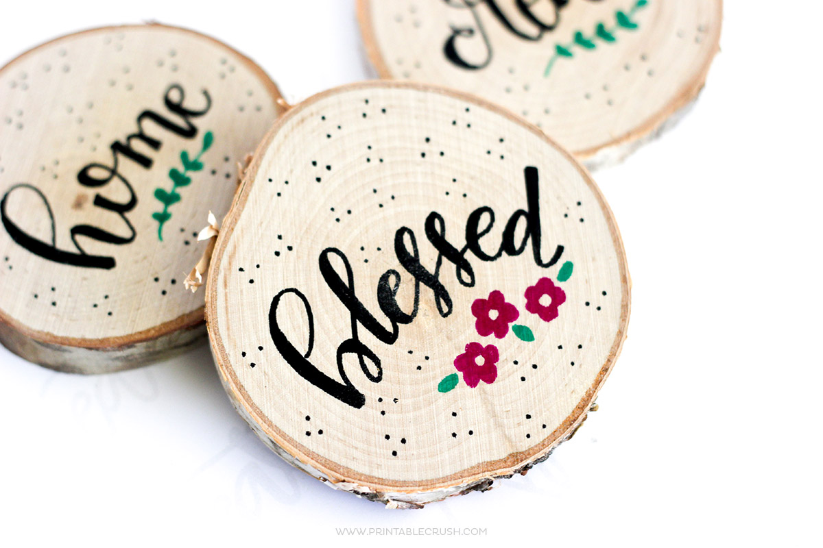 http://printablecrush.com/wp-content/uploads/2017/02/How-to-Make-Hand-Lettered-Wood-Coasters-6-copy.jpg