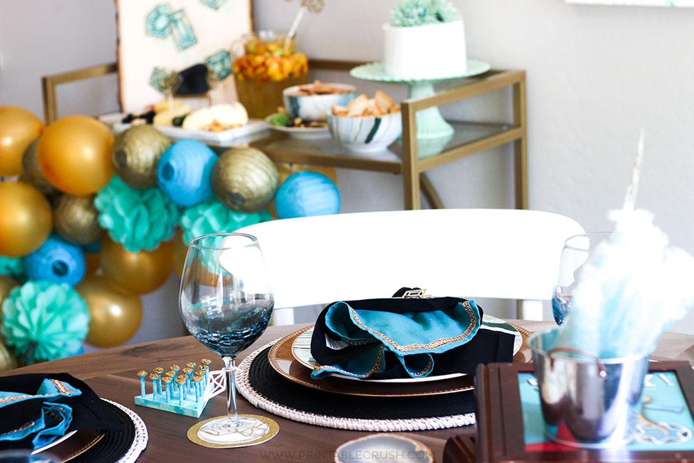 Get some realistic tips and tutorials with these Game Night Party Details! Make your party as elaborate or simple as you'd like and your guests will still love it!