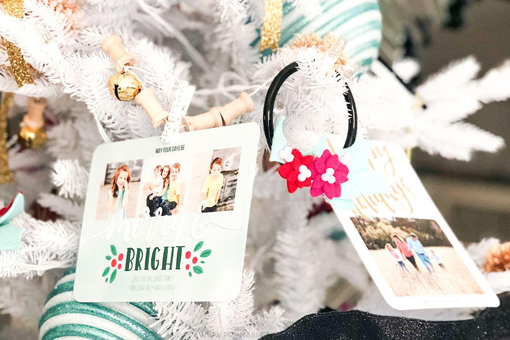 Give your Christmas Tree a personal touch this year with this super easyDIY Tree Garland Christmas Card Display! Includes fun elements like pom poms and jingle bells!