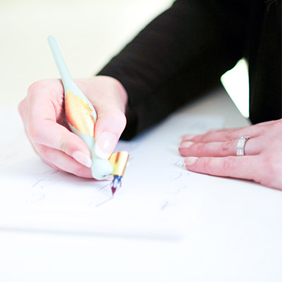 Learn how to use a Brush Pen and Calligraphy Pen